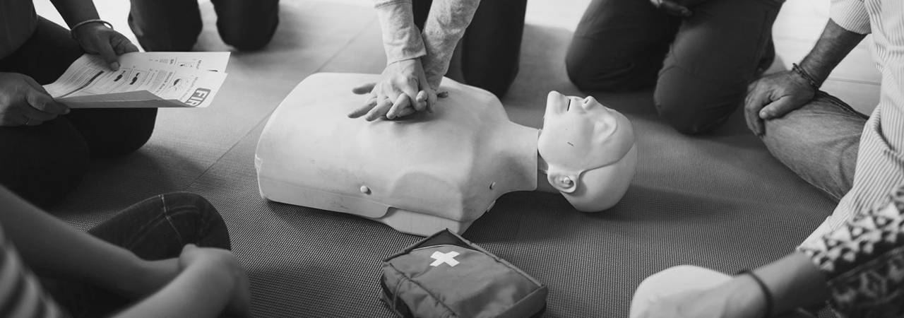 Basic life support course banner